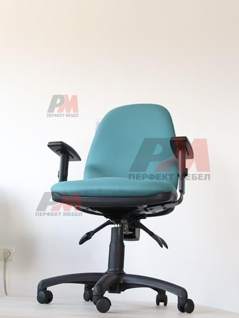 офис столове до 100 кг. с кожа или дамаска луксозно изпълнение