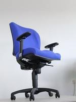 сини офис столове по каталог
