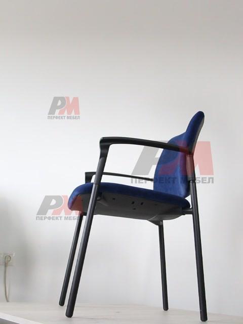 касиви сини офис столове