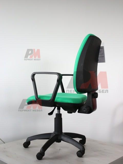 висок клас тапицирани офис столове