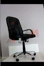 качествено изпълнение на черни евтини офис столове